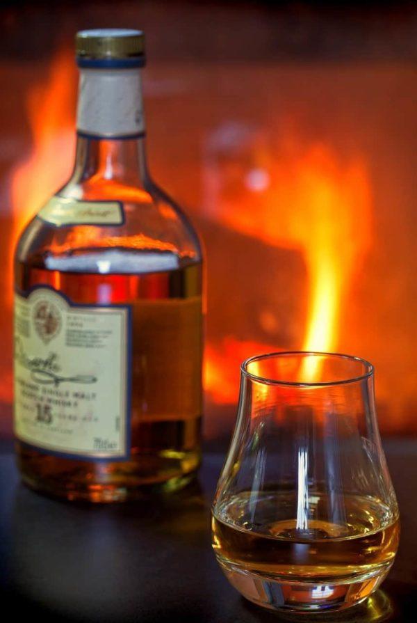 Ein Abend am Kamin mit Winterabend Duftmischung (ätherisches Öl)