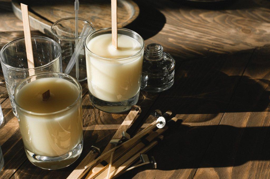 DIY-Mückenkerze Citronella mit ätherischen Ölen | Essence